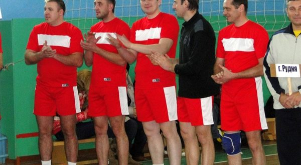 В агорогородке Пушки прошел турнир по волейболу