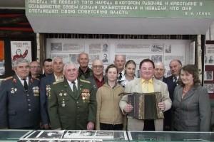 Трофейная гармонь стала новым экспонатом музея народной славы СШ №1 г. п. Лиозно