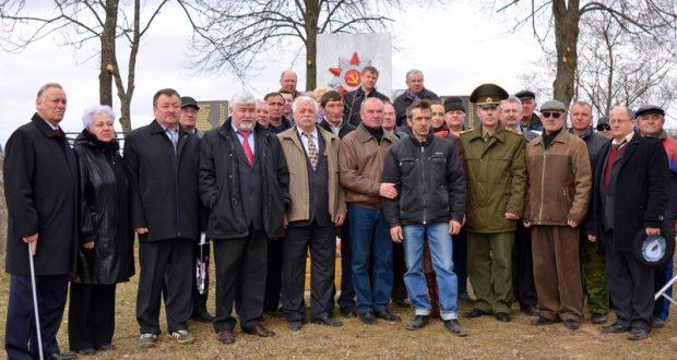 Смоленские и витебские ветераны устроили «международный субботник» в Республике Беларусь