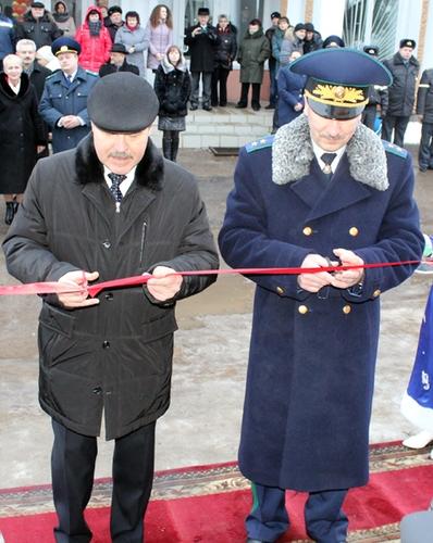 Генеральный прокурор Беларуси открыл новое здание прокуратуры в Лиозно