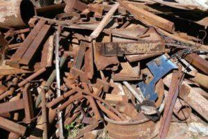 Лом черного и цветных металлов вывозят в Россию